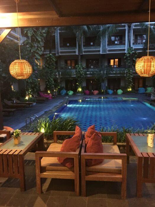 ビラバリホテル2