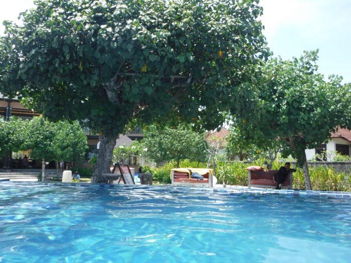 レンボンガン島プール2