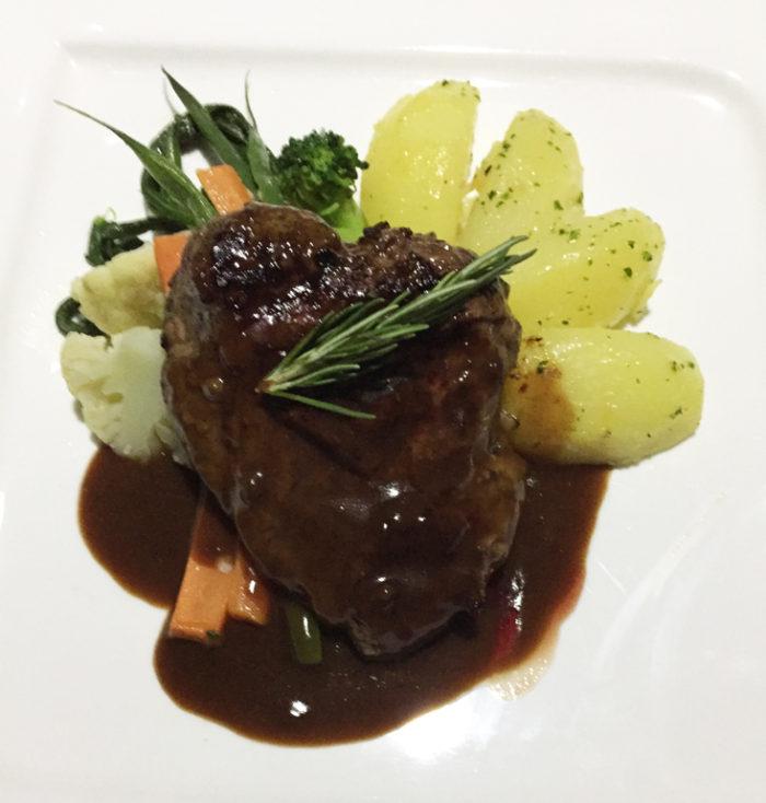ロマンチックディナー料理5